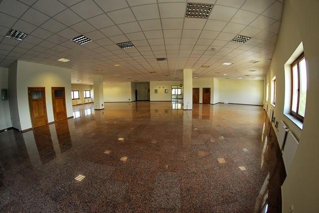 Płonia. Lokal biurowy open space 290 m2 8200 zł