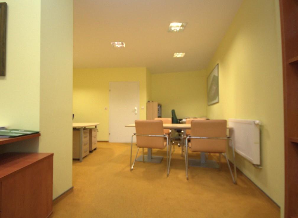 Rezydencja na Osowie. Apartamenty plus pow. biura.