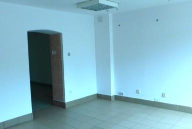 Lokal 41 m2 przy głównej ulicy