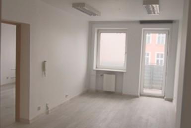 Centrum, lokal biurowy 90,4 m2, 5 pok.