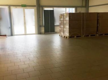 Pow. 250 m2, mag-handl, witryny