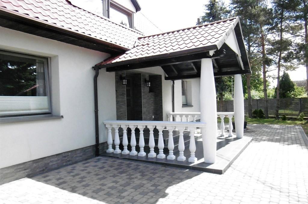 Sprzedaż domu- posiadłość wiejska .