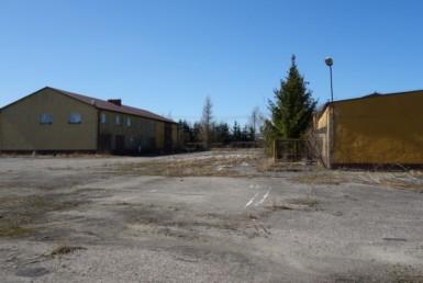 Teren przemysłowy z 3 budynkami 1,62 ha, 790.000