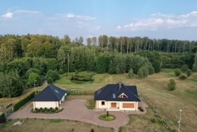 Rezydencja z przepięknym krajobrazem.    5,3 ha !