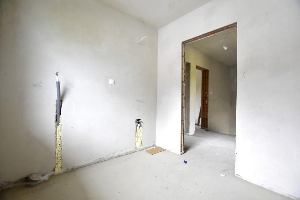 Dom Krzekowo bliźniak 141 m2 z garażem i ogrodem