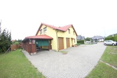Dom z potencjałem biznesowym 350m2 garaże