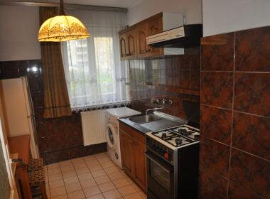 3 pokojowe rozkładowe mieszkanie z widną kuchnią