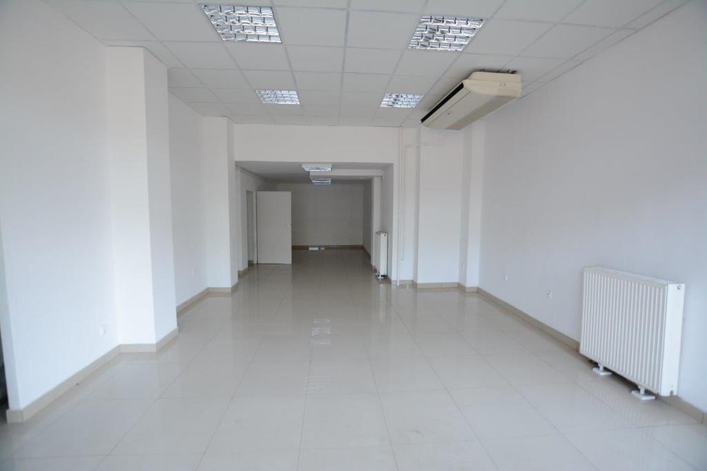 Lokal handlowo-usługowy  2010r - 91m2