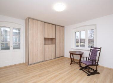 Jasne Błonia - 73,5 m2, 1 piętro z balkonem.