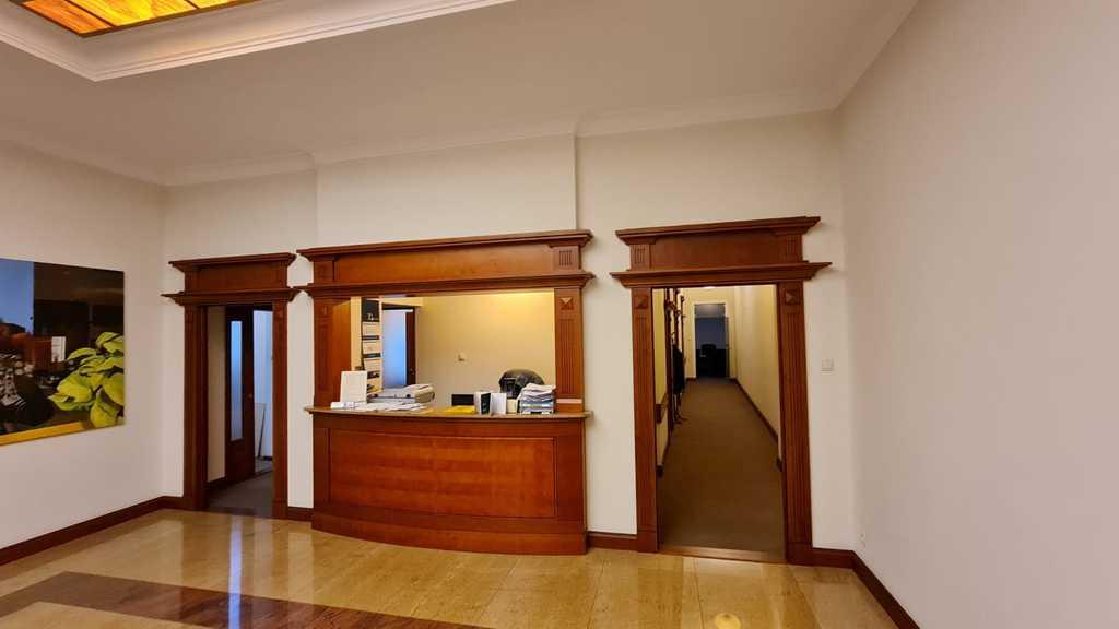 Do sprzedaży atrakcyjny lokal w Centrum 250 m2.