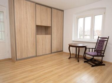 Doskonała lokalizacja - Jasne Błona. Trzy pokoje.