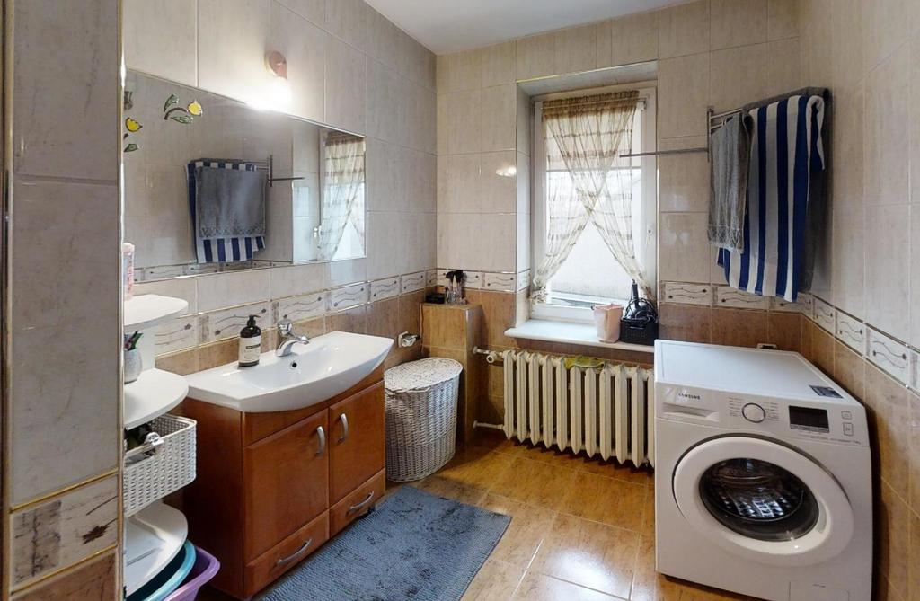 5 pokojowe mieszkanie - niska cena !!!
